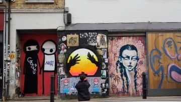 Taking Photos Of Street Art For Inspiration