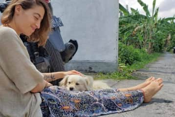 this is rap :) my neighbor's dog that i cared for in bali