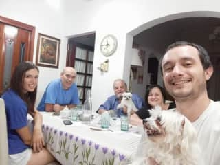 Having dinner with Alba, Ameli, Mauricio's parents and a family friend, Bruno.