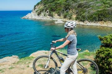 Bikeriding along the Tuscan coast