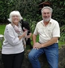 Julian and Jo with grandson´s dog Kiwi.