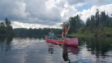 We are vivid outdoor enthusiasts who love to hike, explore and paddle!