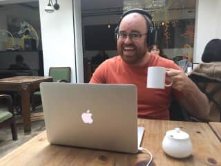 Chris working from a cafe!