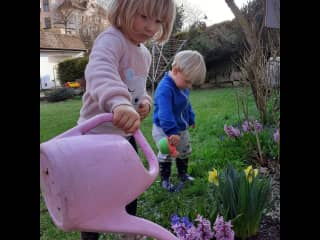 Kids like playing in the garden and flowering.