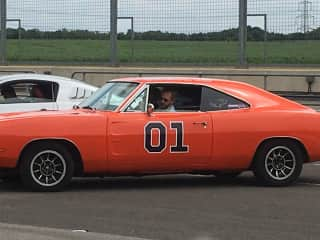 Rich driving the General Lee