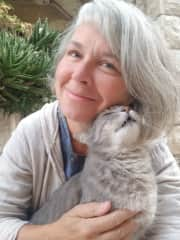 With Shulamit, my favorite kitty in Jerusalem
