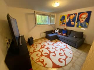 Optional second guest room with sofabed, TV, Apple TV and en suite bathroom