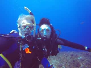 We love SCUBA diving!!