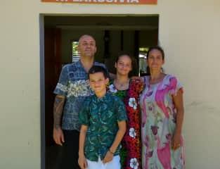 Stu, Nelson, Cassi and Emily in Fiji
