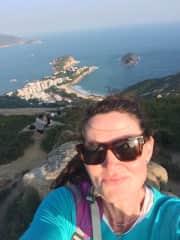 Ashley hiking in Hong Kong (Dragon's Back)