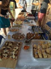 """Hosting friends on my rooftop for Basque """"pintxos"""""""