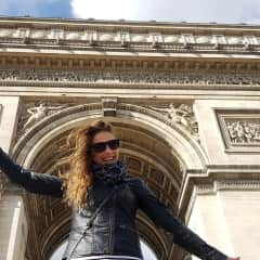 Me...I love to travel
