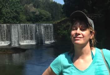 Simone, happily hiking in Hawaii
