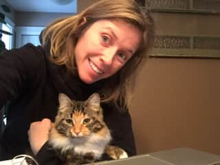 Laura and her cat niece, Dandy Lion, taking a selfie