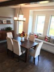 Dining Room & Window Seat