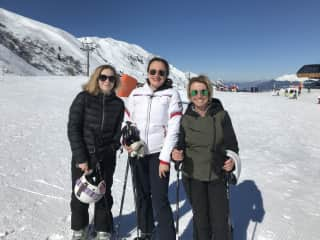 Me Thea and Phoebe family skiing