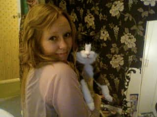 This is from 2014 with my old cat Scamp who lived till she was 19 years old. We had scamp as a family cat and she was in my life from around 7 years old to 26. I still miss her, I was her favourite :) and she slept on my bed every night growing up.