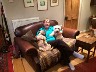With Daisy and Sally, for whom I 'sat' in 2014 in Stamford, Lincolnshire.