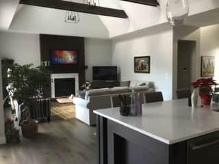 Kitchen/living room/
