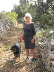 Pasha shows us the village tracks  in Algarve hills of Portugal