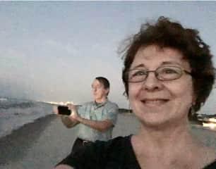 Al and Jaymee taking pics on Oahu