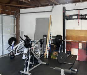 Garage gym for you to use
