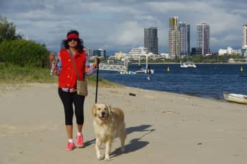 Jogging with Bayley who we looked after for a month on the Gold Coast in Queensland, Australia.