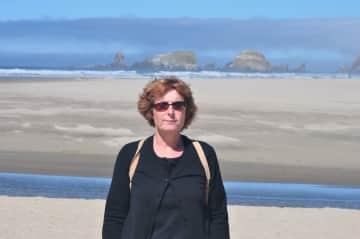 Pam Beach Walking in Oregon