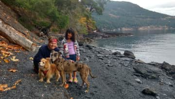 Beach Walk with the Ladies, Maple Bay, Vancouver Is.