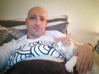 Cat-sitting Pierrot in Paris