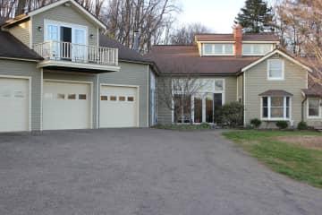 attatched garage, side view