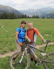 Lisa and Shaine are both avid mountain bikers. In fact we are traveling with our bikes now.