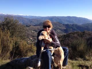 Sue and Samson in Tuscany