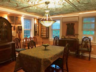 Dining Room Great for Entertaining