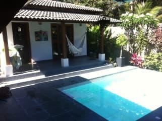 atelier & pool