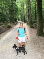 Sue hiking with Cezanne (housesit in Zurich, Switzerland)
