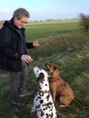 Ridge way, Hans met Rolo and friend.