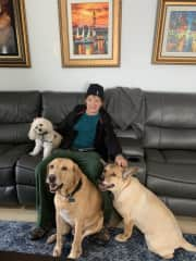 Michael with Winnie, Stergant, Camilla, Trustedhousesitters