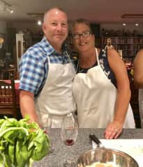 Love cooking, here we are at a cooking class.