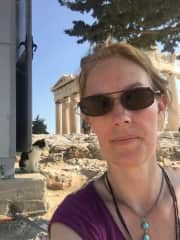 Athena, the kitty who lives at the Acropolis, and me
