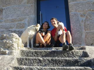 Our first house-sit with Suki, Bella & Dottie in Oliveira do Hospital, Portugal
