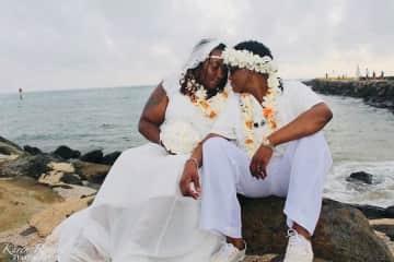 beach wedding in Oahu, Hawaii