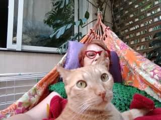 Eu e o meu gato Félix.