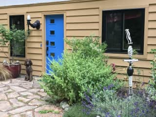 Front Entry (Dog not incuded in pet sit)