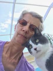 Sharon as pet sitter for Felix.