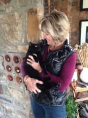 Alexis & Beryl the lap cat