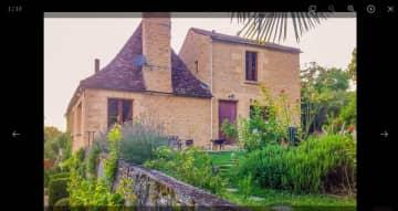 Housesitting in Dordogne, France, with Frizbee
