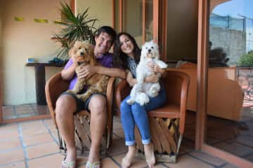 Lu&Mati with Pearly and Thory while house and pet sitting in Ajijic, Mexico.