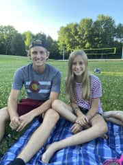 MN summers –enjoying a family picnic in Minnesota
