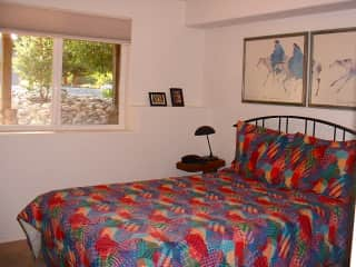 Sitters private bedroom with adjoining bathroom.